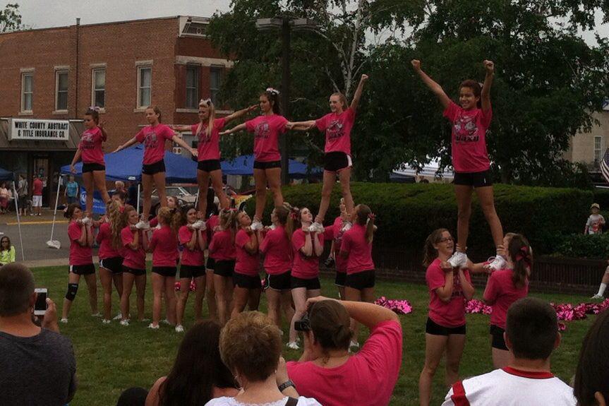 cheerleaders perform 3.